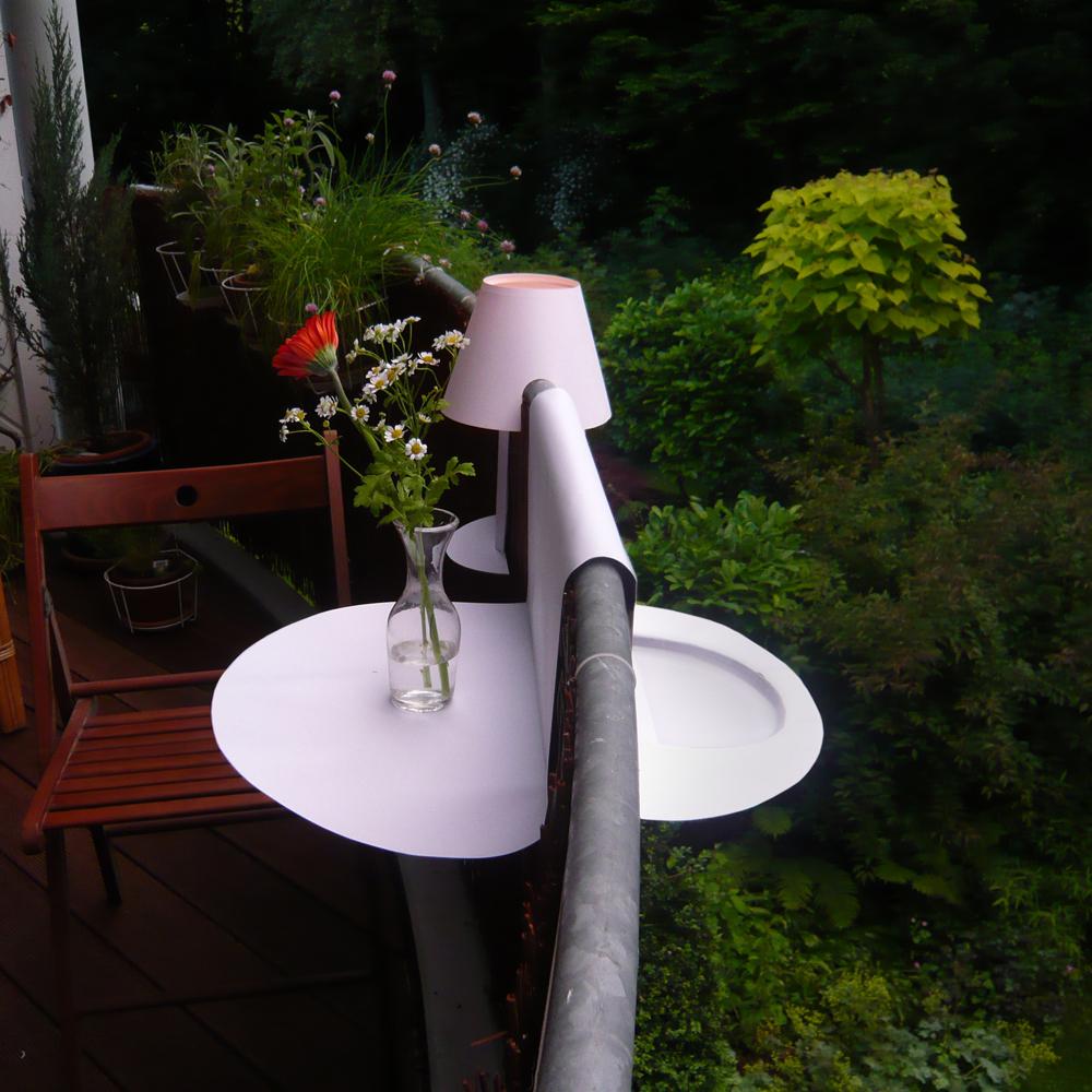 jovoto / Sattler – Möbel ohne Beine suchen die Weite / Garden Goes