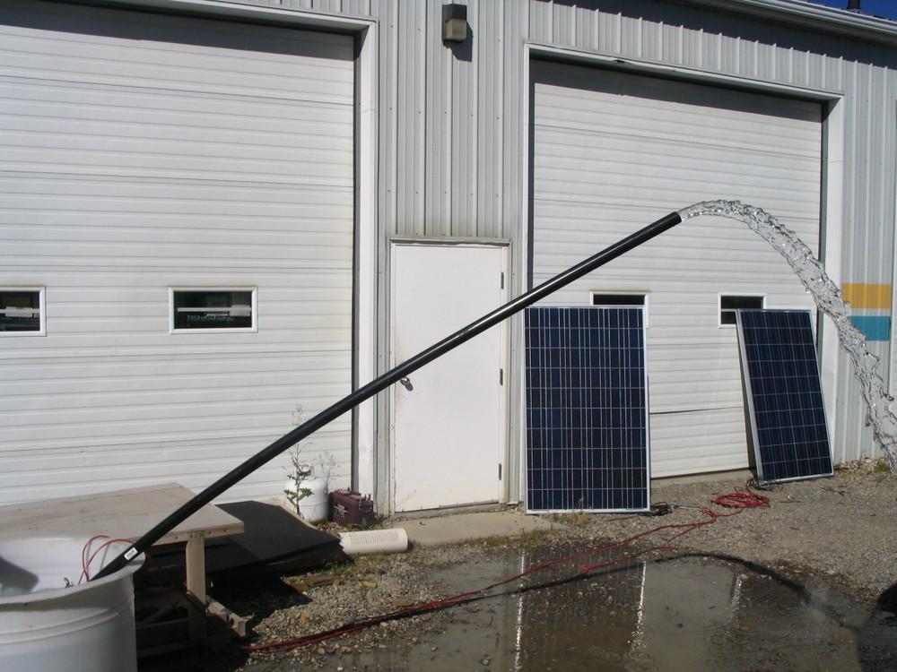 24v rule pump flow on 1 x 224w panel bigger