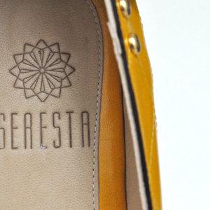 """Seresta """"A shoe brand"""""""