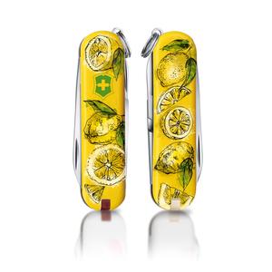 Sparkling lemons